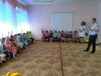 Встреча государственных инспекторов ГИБДД с воспитанниками старшей группы МБДОУ